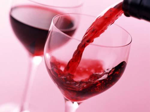 Tìm hiểu giá rượu vang Tây Ban Nha đỏ trên thị trường hiện nay