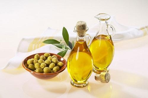 Những loại tinh dầu làm đẹp cực phổ biến chị em cần biết