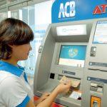 sử dụng thẻ ATM